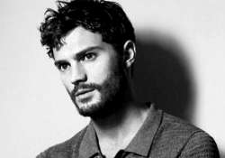 jamie dornan insecure about his looks