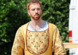 damian lewis compares himself to british king henry viii