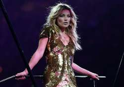 kate moss to record track on 40th b day