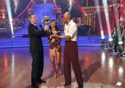 martinez wins the dancing mirrorball