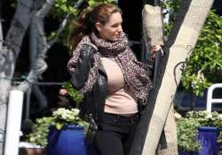 pregnant kelly brook says she looks dog rough