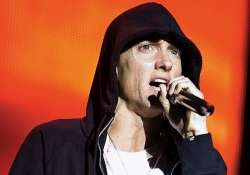 rapper eminem to star in boxing film southpaw