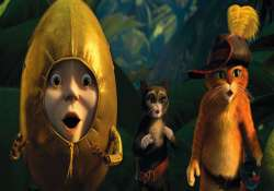 shrek spinoff puss in boots tops box office