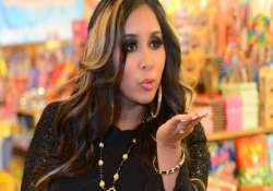 snooki lost virginity at 14 to a jerk