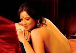 reema sen shows her skin in adult film