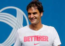 roger federer gets taste of india with naan curry