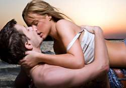 kissing is an art and follows some rules