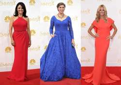 emmys 2014 celebs dominate red carpet with hues of reds and