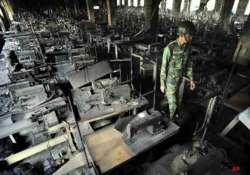 bangladesh factory owners charged in deadly fire that