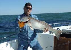 boat sinks texas man survives 30 hours in gulf