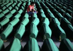 bosnians arrives on eve of the 17th anniversary of mass
