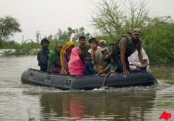 death toll over 200 in pak floods