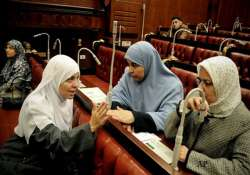 egypt islamists hurriedly approve new constitution