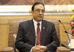 four armed men detained outside president zardari s house