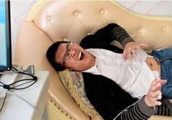 a china hospital gives men chance to experience pain of