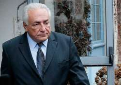 former imf chief strauss kahn acquitted in pimping trial