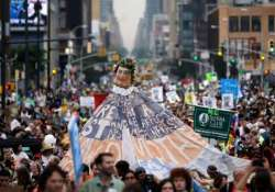 thousands join worldwide climate change march in new york