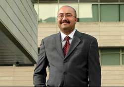 india born re appointed dean of university of chicago s b