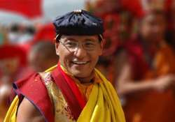 nepal earthquake buddhist leader to rope in hollywood