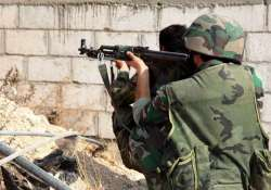 syrian army dislodges is militants from key oil fields
