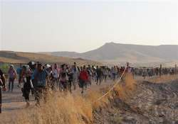 over 3 000 syrians fled to italy in 40 days un