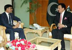 malik meets sabharwal on pak judicial panel s visit to india