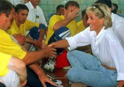 police check new info on deaths of princess diana and dodi