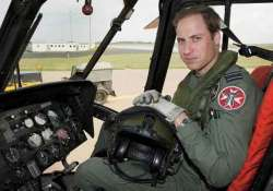 prince william to become air ambulance pilot