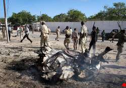 suicide car bomb rattles somali capital 4 killed