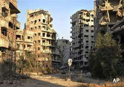 syrian jets pound rebel positions in homs