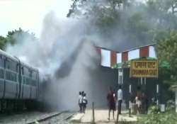train crushes 37 pilgrims to death in bihar angry mob
