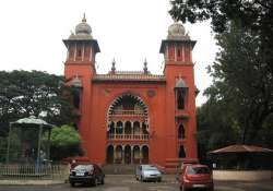 chennai advocates storm into court hall of chief justice