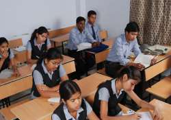 agra schools to shut by 11 a.m. to escape heat