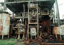 bhopal court summons dow chemicals in gas tragedy case
