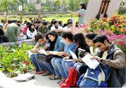 du executive council approves syllabi changes for three