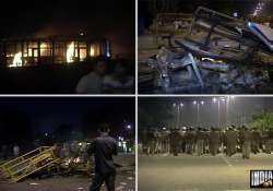 mob on rampage in mayur vihar police booth vehicles torched