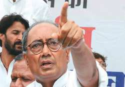 digvijay rejects bjp demand for dikshit resignation