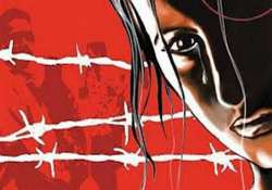 doctor booked for raping woman in hospital in thane