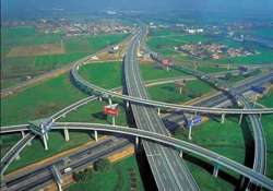 expressway projects to be completed in three years