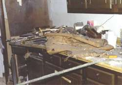 four members of a family die in cylinder blast