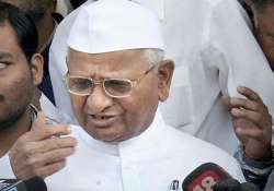 hazare to stage dharna outside homes of sonia rahul