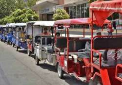 e rickshaws are illegal ban to continue hc