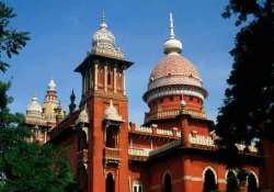 madras high court novelist at liberty to decide which