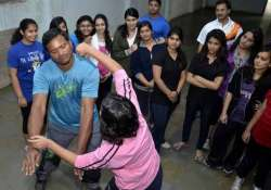 delhi police forms women s groups to check eve teasing