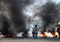 2 killed in clash in west bengal