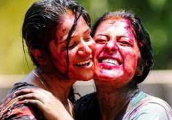 risk of catching swine flu virus high on holi say experts