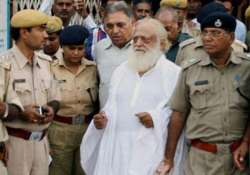 inquiry against cops as complainant in asaram case