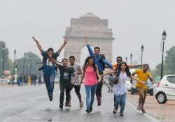 dust storm hits delhi brings relief from heat