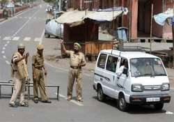 luxury car snatched from youths two injured in jaipur