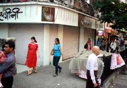 maharashtra traders shut shop against new local tax